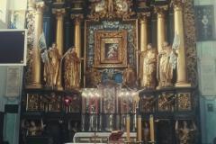 9.-Klasztor-Ojcow-Dominikanow-w-Tarnobrzegu